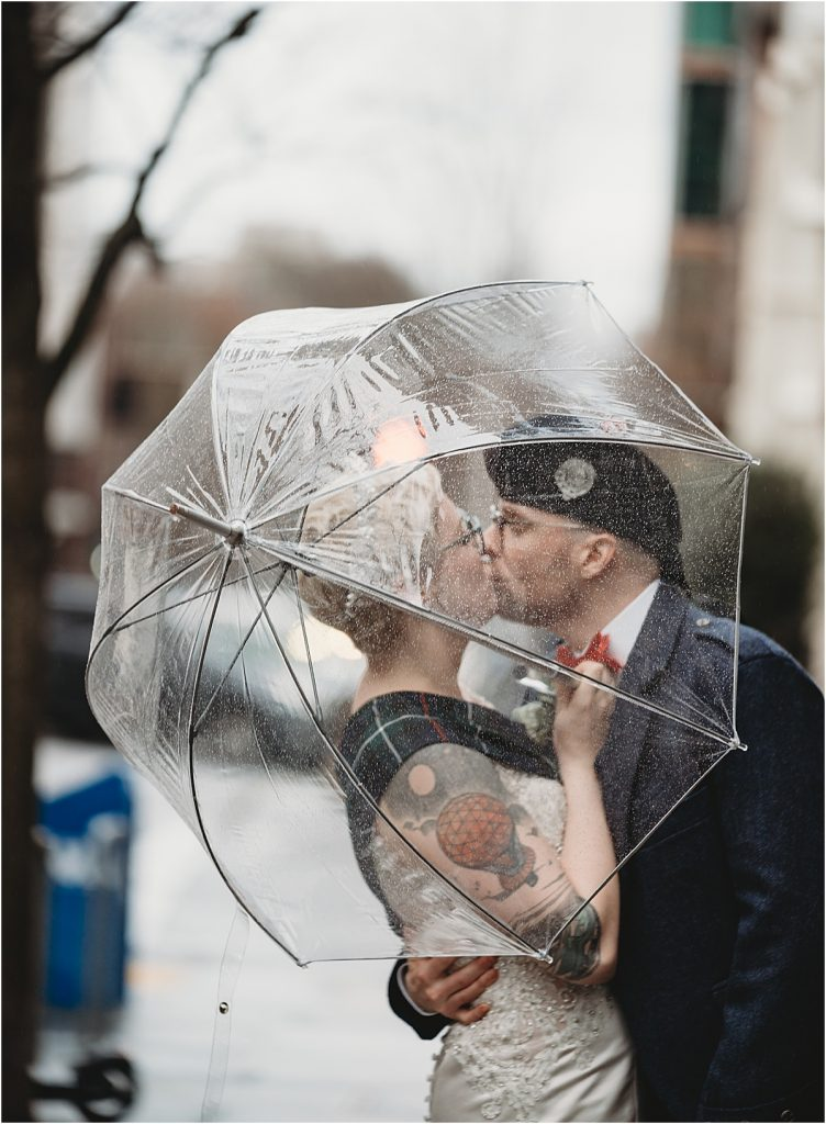rain umbrella wedding