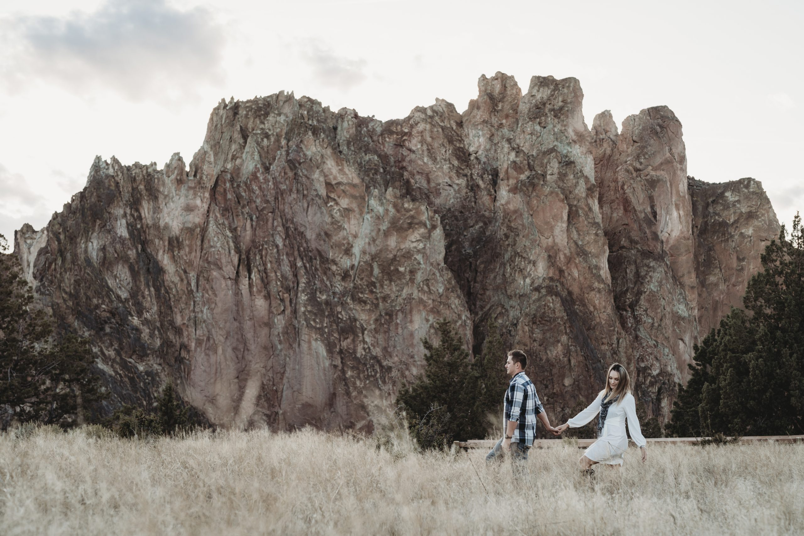 SMITH ROCK COUPLE SHOOT