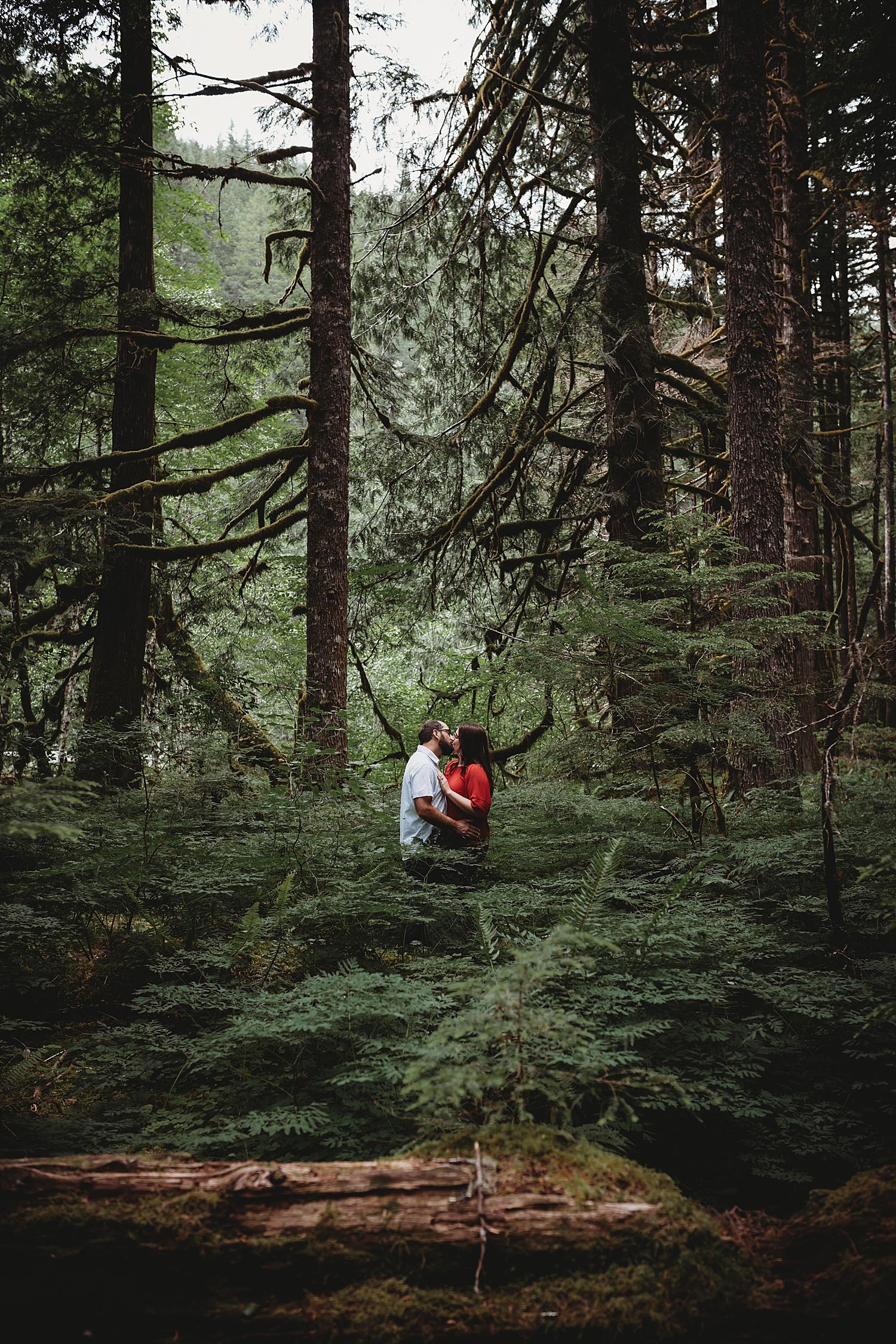 Salmon River Trail Elopement